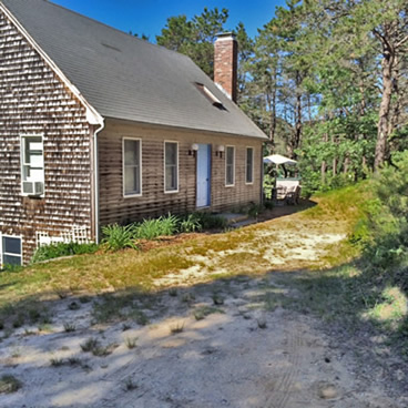 Easy Access to Cape Cod Bay