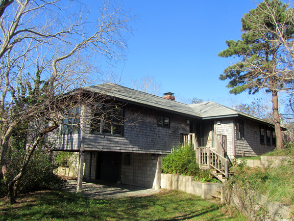 Attractive Contemporary 3BR Wellfleet Home with AC