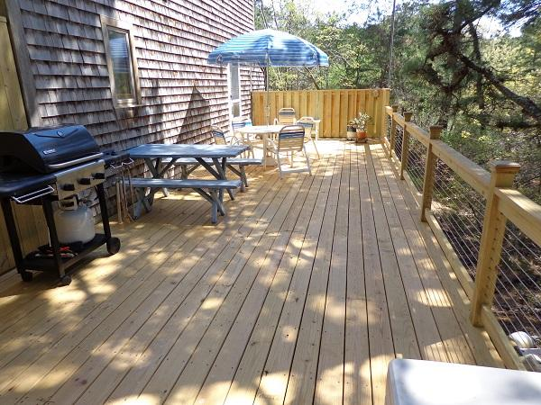 Enjoy summer BBQ's on this New Deck